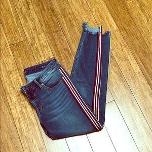 Vigoss jeans with racing stripe